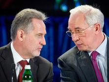 В Нафтогазі заявили, что вынуждены по льготной цене поставлять газ Фирташу (слева) и бывшим регионалам