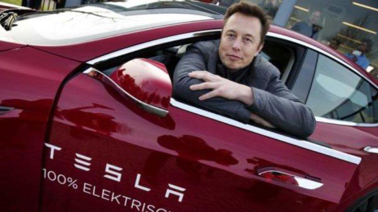 Илон Маск отказался выкупить свою Tesla