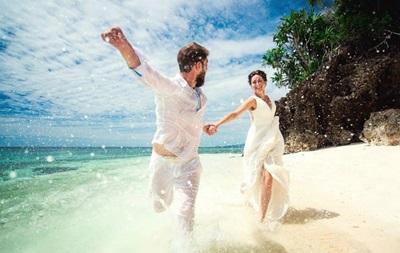Названы 14 лучших направлений для свадебного тура