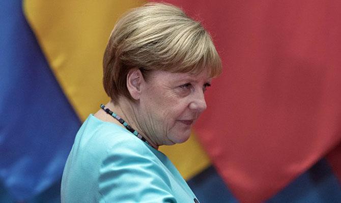 Немецкие СМИ по ошибке растиражировали фейк о расколе фракции Меркель