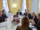 Порошенко и Юнкер обсудили перспективы выделения Евросоюзом макрофинансовой помощи Украине