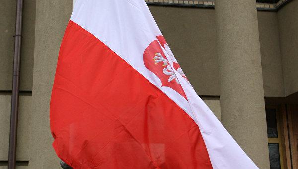 Оппозиция Польши предложила поправки в скандальный закон