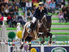 Онищенко выступал на соревнованиях по конному спорту за сборную Украины