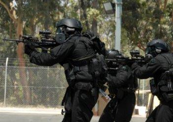 Возрывотехники и бойцы КОРД провели совместные учения с агентами ФБР