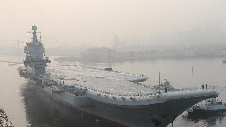 Китай начал испытание новейшего авианосца