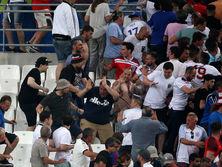 В 2016 году в результате столкновений фанатов Англии и РФ пострадали десятки человек