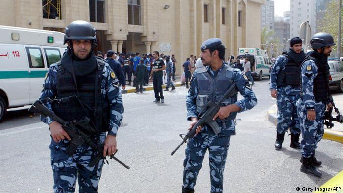 В Кувейте задержаны 12 подозреваемых в связях со Стражами революции и Хизболлой
