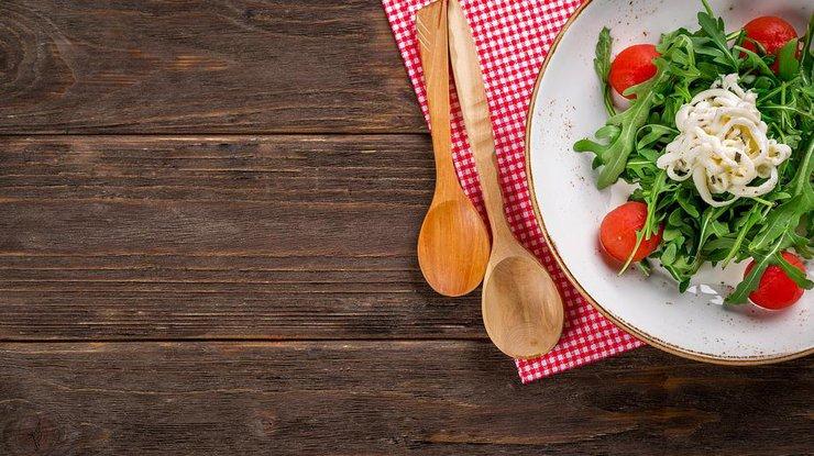 Вместо оливье: 3 теплых салата для новогоднего стола