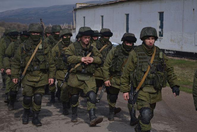 Російські ветерани хочуть подати на Росію до Гааги