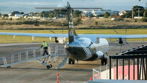В Новой Зеландии двигатель пассажирского самолета загорелся после взлета