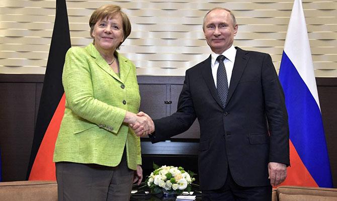 Меркель назвала условие снятия санкций с России