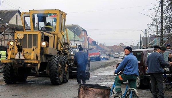 Названа средняя стоимость ремонта 1 км дороги в Украине