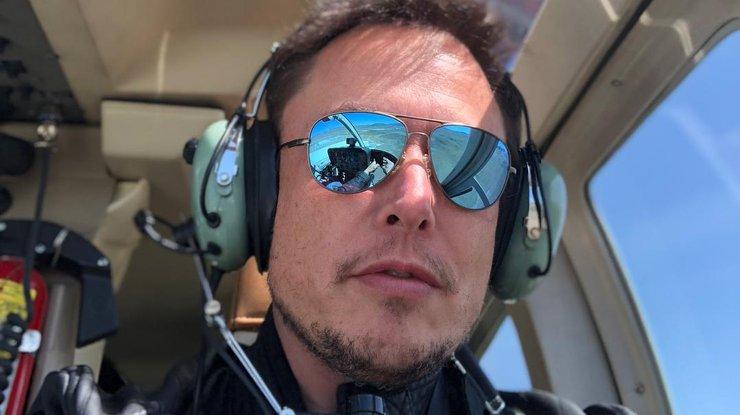 Илон Маск вынужден спать на полу завода Tesla