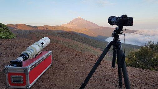 Сеть покорило невероятное видео с гигантской Луной