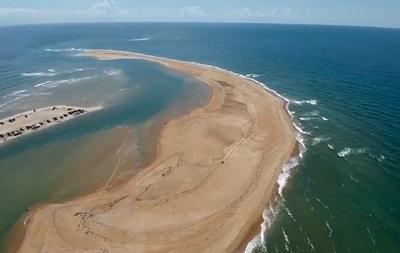 На видео сняли  всплывший  остров, ставший хитом