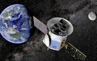 Телескоп для поиска экзопланет TESS передал первое тестовое фото (ВИДЕО)