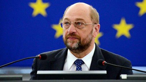 После заключения соглашения с Меркель Шульц подал в отставку