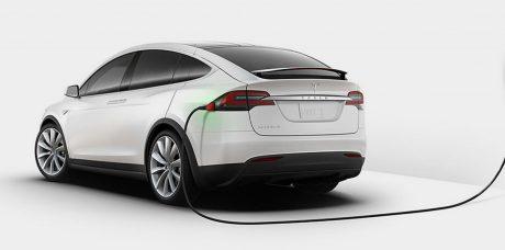 Tesla разработала уникальную домашнюю систему подзарядки автомобиля