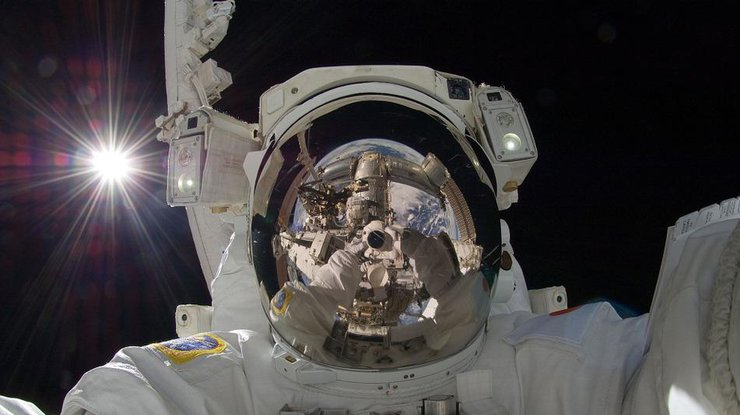 Астронавт с борта МКС показал волшебную панораму (фото)