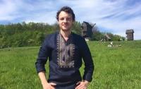 Прекрасным украинским языком удивил фрацузский певец (видео)