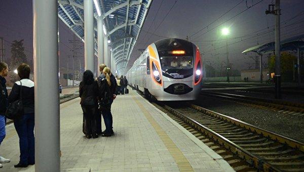 Парубий сообщил о планах соединить Львов и Варшаву ж/д сообщением