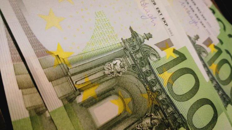 Курс валют в Украине: евро ослабло в цене