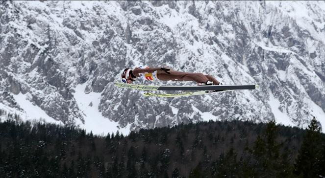 Чемпионат мира по прыжкам с трамплина: восьмая победа Камиля Стоха в сезоне