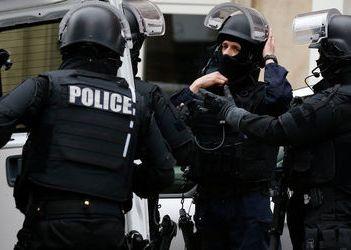Напавший на супермаркет во французском городе Треб убит