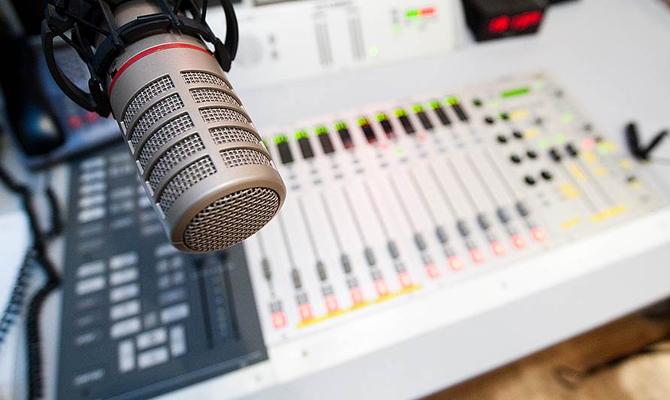 В Украине лишили лицензии 36 радиостанций