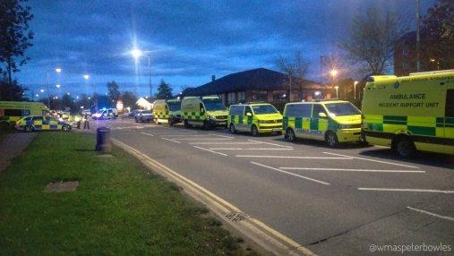 Полиция штурмом освободила заложников в развлекательном центре Британии
