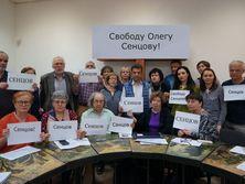 Ученые, журналисты и деятели исскуств поддержали голодающего украинца