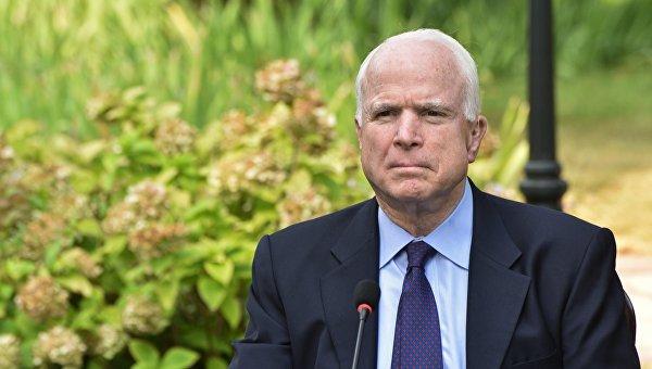 Врачи дали неутешительный прогноз Джону Маккейну в борьбе с раком