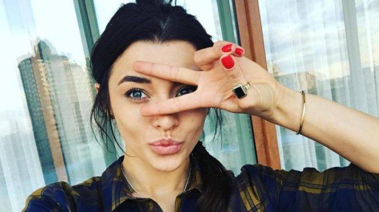 Известная певица стала новой ведущей тревел-шоу Орел и Решка