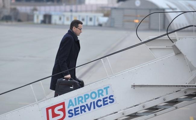 Матеуш Моравецкий отправился в первую зарубежную поездку в должности премьера