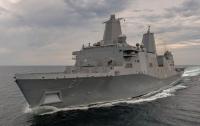 В США введен в строй новый корабль, на котором установят лазерную пушку