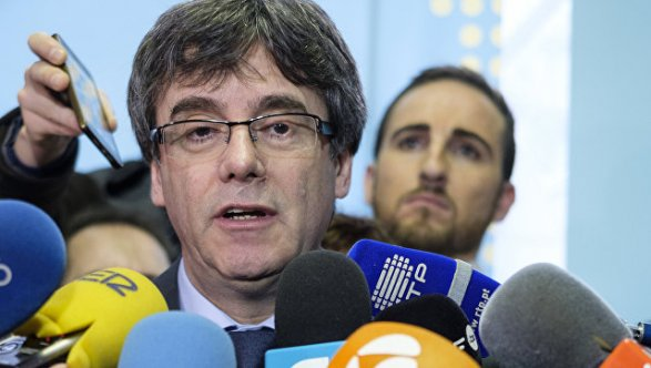Верховный суд Испании выдал ордер на арест лидера сепаратистов