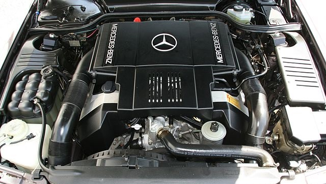 В польском Яворе заложен краеугольный камень нового завода Mercedes-Benz
