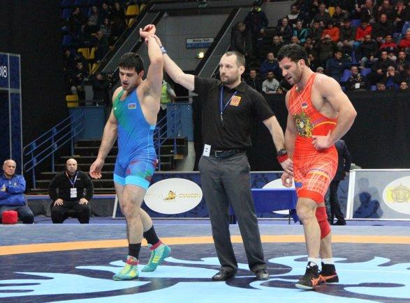 Еще одна победа азербайджанца над армянином Повержен чемпион мира