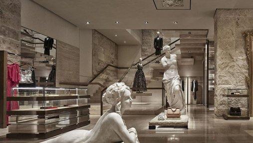Дизайнер украсила бутик Dolce & Gabbana в стиле оперного театра: необычное решение