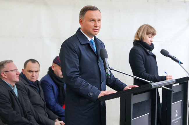 Polish-Australians should consider return to Poland: president