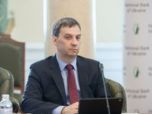 Чурий: Украина имеет экономику, которая не полностью находится на светлой стороне