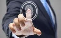 Украинцы смогут рассчитываться с помощью отпечатка пальца
