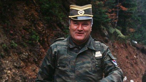 Резня в Сребренице, осада Сараево –  кровавый югославский генерал Младич получил пожизненное