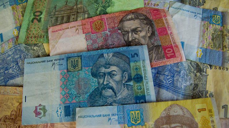 Курс валют: гривна укрепилась
