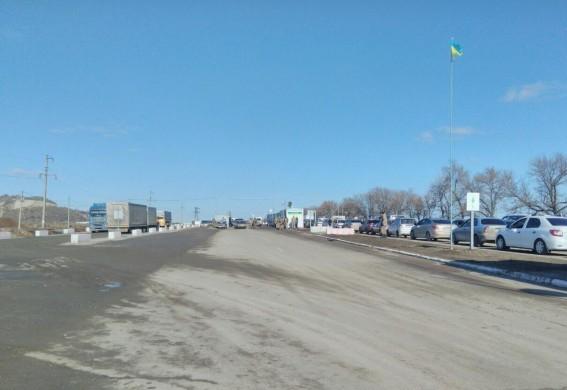 За сутки КПВВ Станица Луганская воспользовалось 42,1 тыс человек