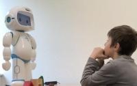 Ученые представили робота-помощника для детей с аутизмом (видео)