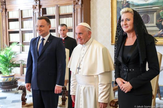 President tells pope